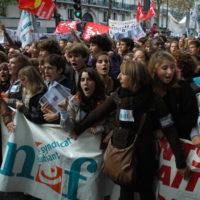 Afinal, por que os franceses protestam?