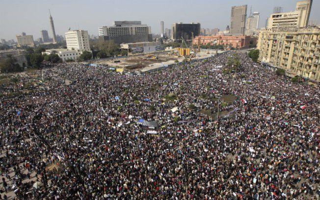 Tunísia e Egito: uma revolução democrática percorre os países árabes