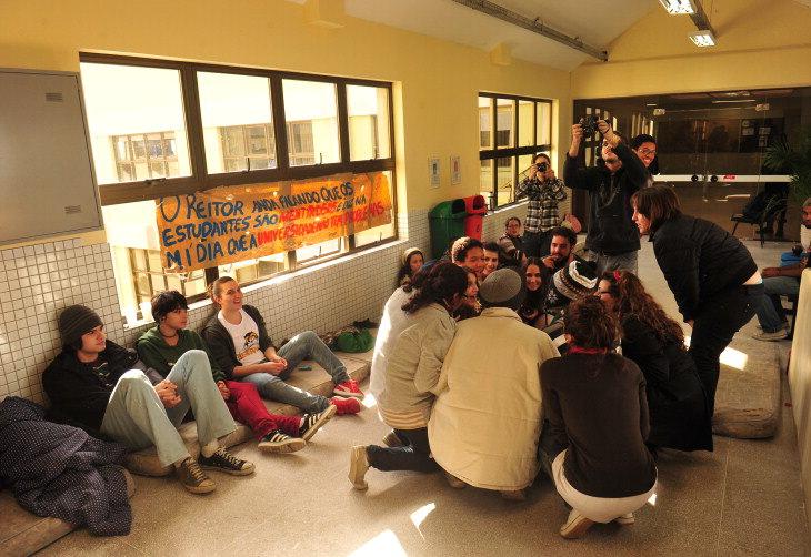 Mais notícias! Segue a luta dos estudantes na UFPel!