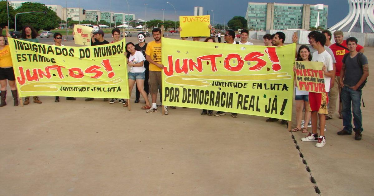 Brasília atende o chamado dos Indignados e acampa em frente ao Congresso Nacional no 15.O!