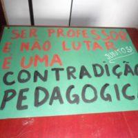 Greve dos professores em São Paulo: Jovens educadores em luta!