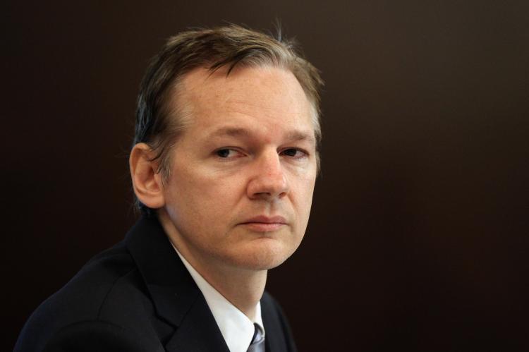 Asilo político a Julian Assange!