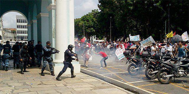 #Fora Duciomar: a luta dos estudantes não pode parar.