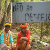 Somos todos Guarani-Kaiowá! Todo apoio à luta dos povos indígenas!