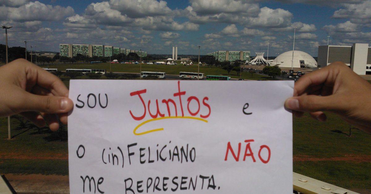"""Marco Feliciano """"por um fio"""""""