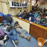 24 horas de ocupação da Câmara Municipal de Santa Maria