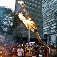 Nenhum passo atrás em nossos direitos: Semana de Mobilização Nacional Indígena