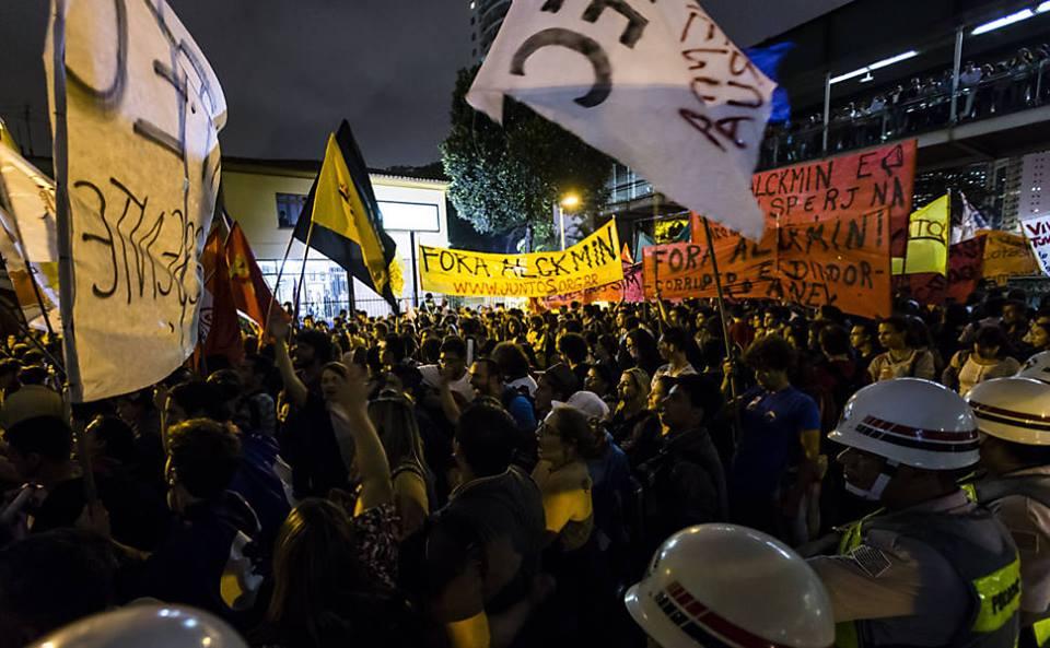 Diante da truculência do governo Alckmin, a democracia pede passagem!