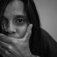 A violência contra a mulher tem nome: Feminicídio!