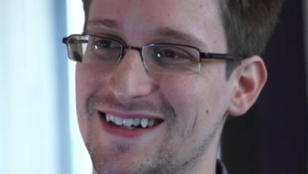 O Juntos está determinado a conquistar o Asilo a Edward Snowden no Brasil