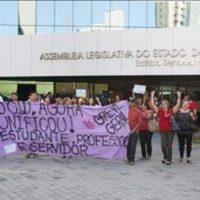 Ocupação da AL no Ceará arranca carta compromisso de deputados estaduais