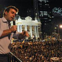 'Não é quebrando bancos que se destrói o capitalismo', afirma Marcelo Freixo