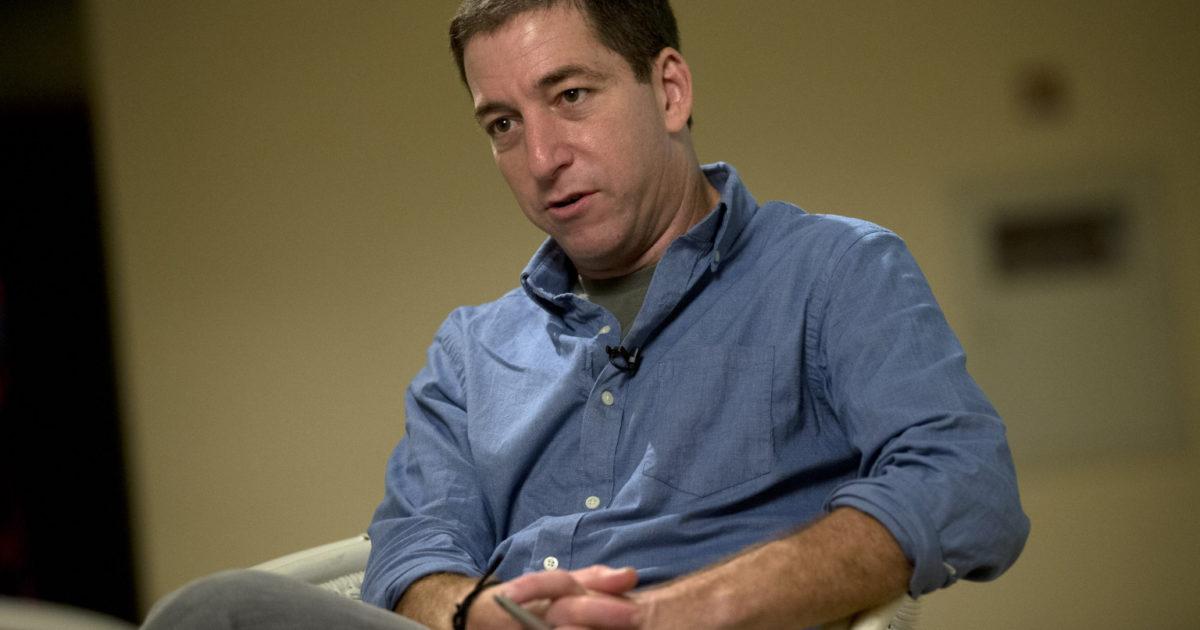 Glenn Greenwald: Como os governos ocidentais manipulam a internet