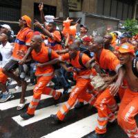 Campeões Do Carnaval 2014, Garis Voltam À Avenida Nesta Quarta-Feira