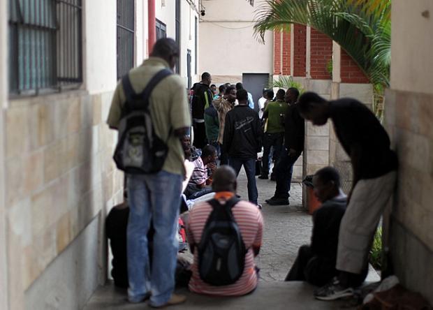 """Até quando os haitianos serão """"empurrados"""" com a barriga?"""