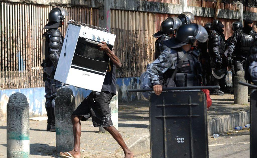 Brasil: país da Copa das Remoções