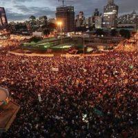 Um ano da avalanche do Brasil nas ruas