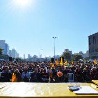 Municipários de Porto Alegre entram em Campo