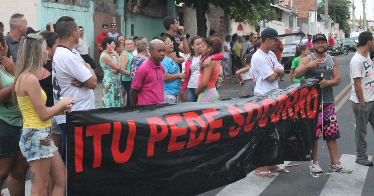 Estamos com as barricadas de Itu