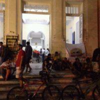 PERNAMBUCO: Ambulantes ocupam Câmara Municipal do Recife pelo direito ao trabalho!