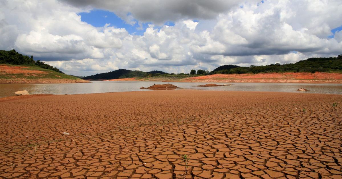 Colapso hídrico: A culpa é de quem consome água em sua casa?