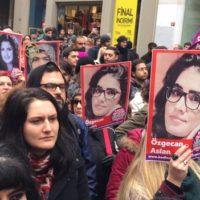 TURQUIA: Özgecan Aslan, jovem morta após estupro, leva milhares de turcas às ruas!