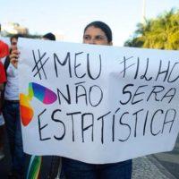 JUNTOS LGBT: Preconceito mata! Educação salva