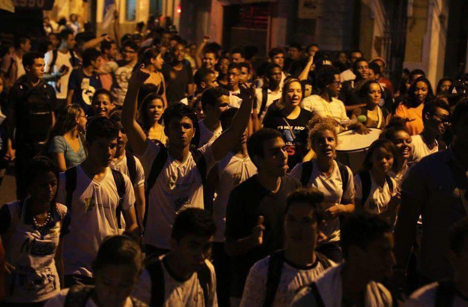 Com os estudantes nas ruas em São Luís, nada é impossível de mudar!
