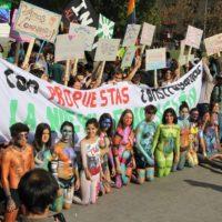 Chile: Em defesa da educação pública, estudantes transbordam as ruas outra vez