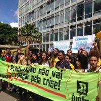 Unificar as lutas da educação contra o ajuste de Dilma!