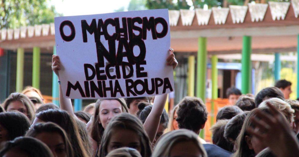 A escola também tem que ser nossa: #VaiTerShortinhoSim