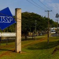 Projeto da reitoria da USP de ensino híbrido acende alerta para as universidades públicas