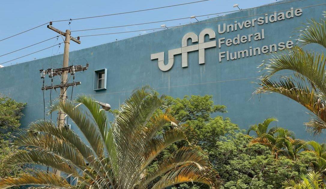 UFF contra os cortes na educação: Assistência estudantil não é favor, é direito!