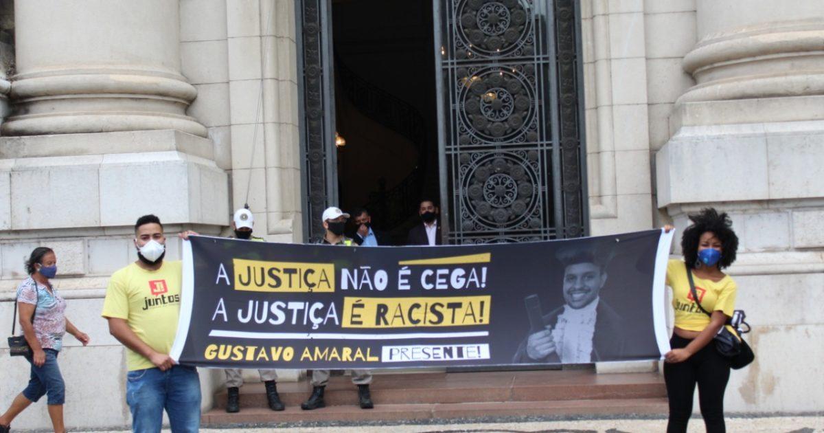 A justiça não é cega, a justiça é racista: Campanha marca 1 ano do assassinato de Gustavo Amaral
