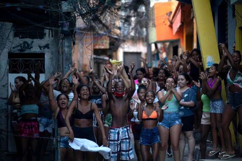 Pelo fim da política genocida de Bolsonaro. Chega de Chacina, Justiça para Jacarezinho!