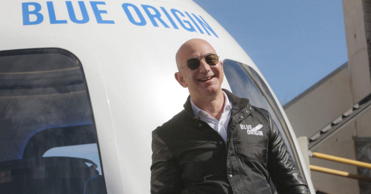 Jeff Bezos vai ao espaço, enquanto a maioria mundial conhece o inferno
