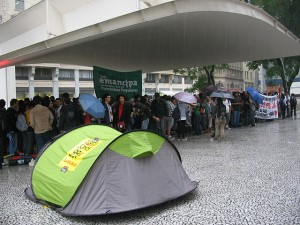 Indignados na Praça do Patriarca em São Paulo